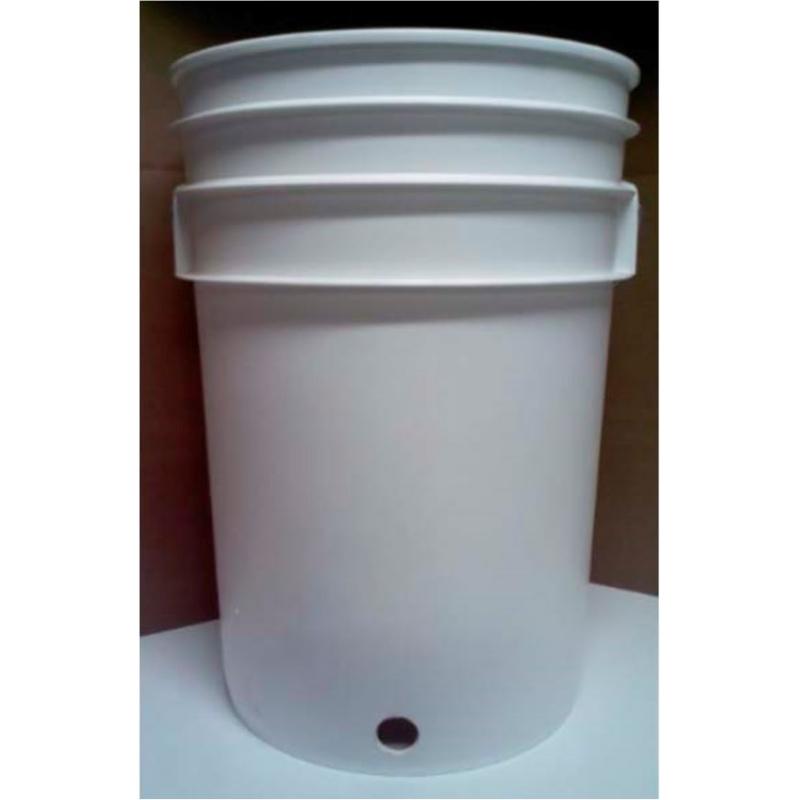 Cubeta de plastico perforada 6 gal (22.6 litros)